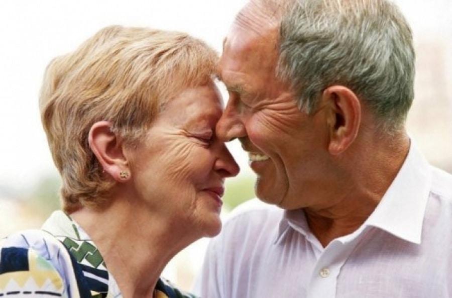 Implantes dentales en adultos